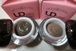 LA Splash UD Brows - Pots - Close up