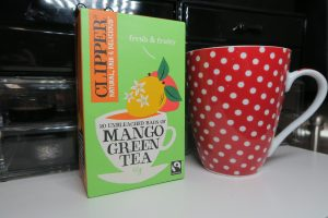 clipper mango green tea with mango