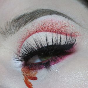 Throwing It Back Quick Halloween Makeup Ideas To Take The Pressure Off Costume Hunting Using Your Regular Makeup No Sfx Needed Lydia Ryan Pro Makeup Artist
